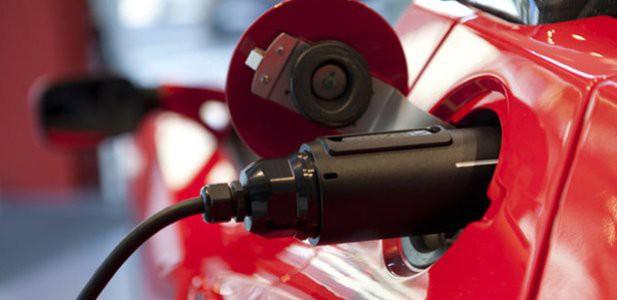 Quanto consuma un 39 auto elettrica quanto pu aumentare for Quanto consuma un camino elettrico